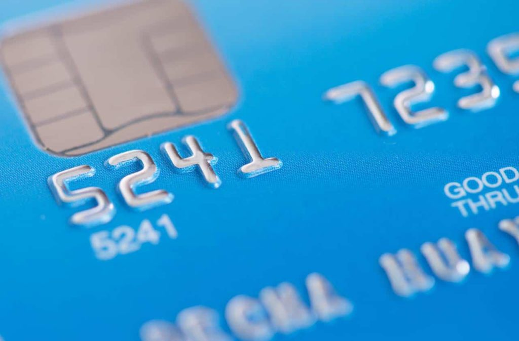 compare the top credit cards when getting one